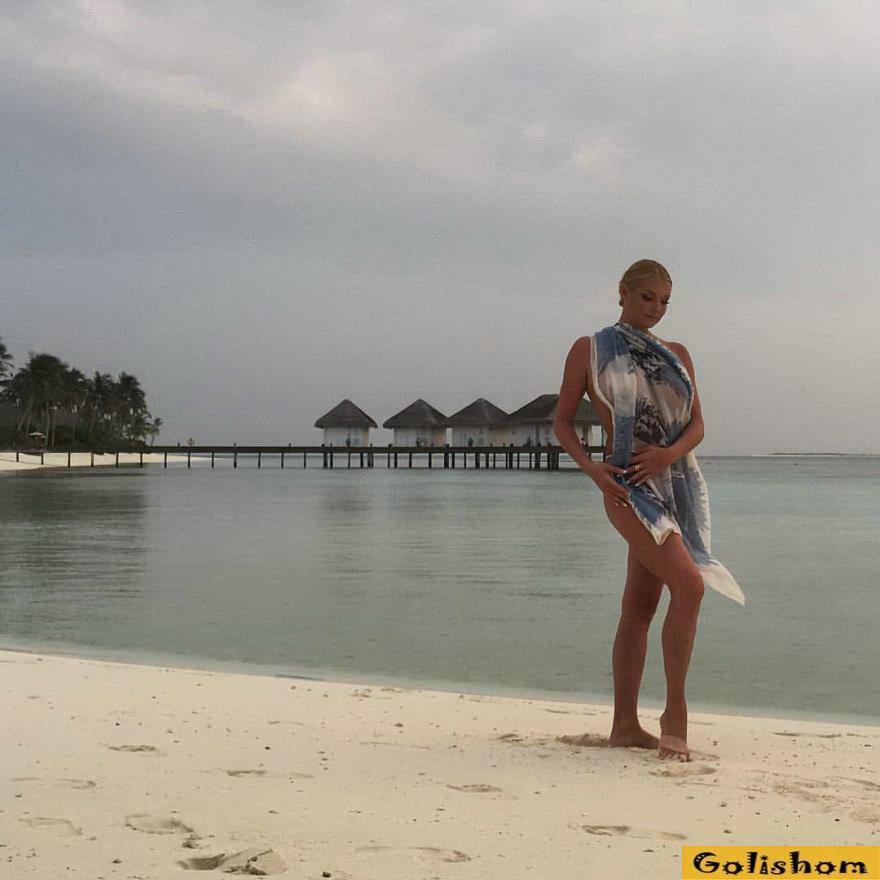 Засветы голышом: Анастасия Волочкова побила рекорд минимального размера своих трусиков на фото - 16.09.2018